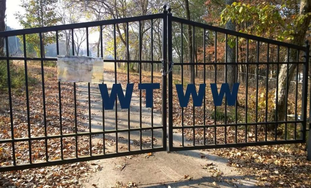 WTWW FRONT GATE